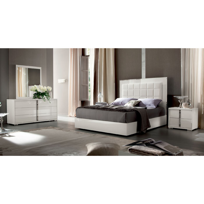 Italian High Gloss White Bedroom