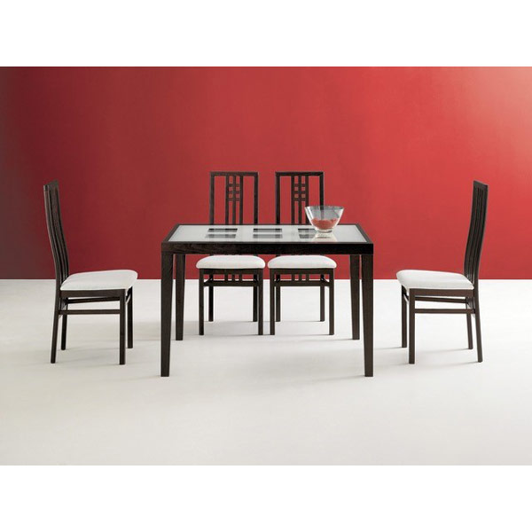 Domitala Poker Table with Scala Chairs